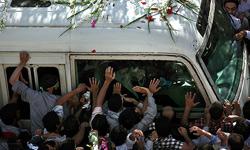 ملت بزرگ ايران راه مقابله با تحريمها را بلد است