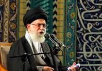 فیلم/ بغض رهبر انقلاب هنگام سلام بر اباعبدالله(ع)