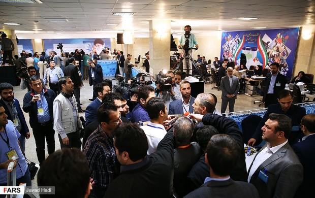 نام نویسی ۲۶۶ داوطلب انتخابات ریاست جمهوری تا ساعت ۱۶ امروز/ نام نویسی احمدینژاد، بقایی، زریبافان و پورمختار+فیلم