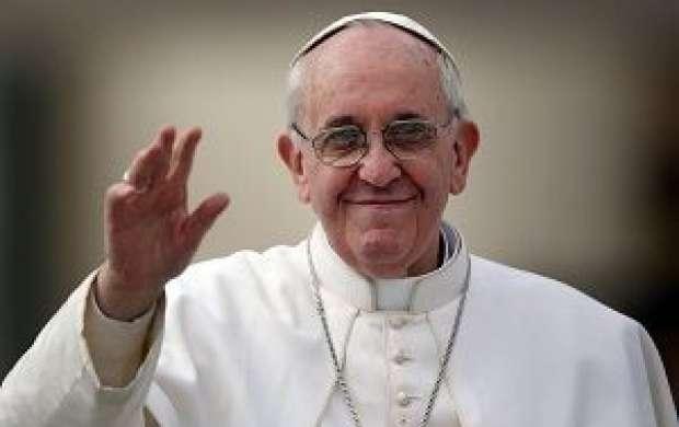 پاپ: تمام دیوارها برچیده شود