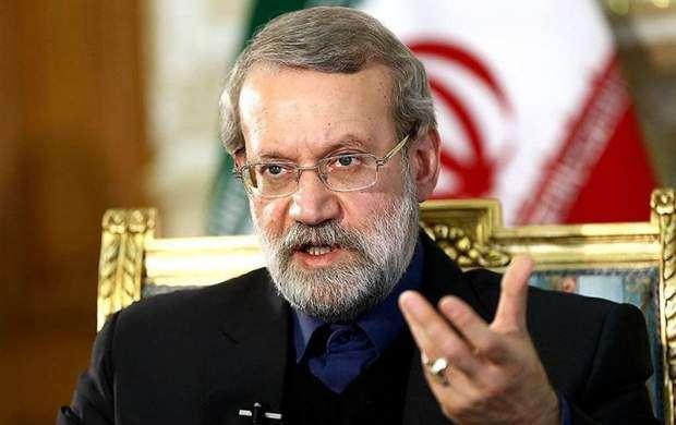 لاریجانی: مجلس چوب لای چرخ دولت نمیگذارد