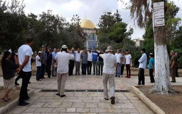یورش دهها صهیونیست به مسجد الاقصی