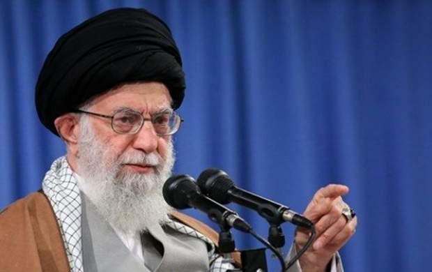 واشنگتنپست: آیتالله خامنهای میتواند ترامپ را نابود کند
