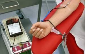 مردی که ۴۱ سال است خون میدهد