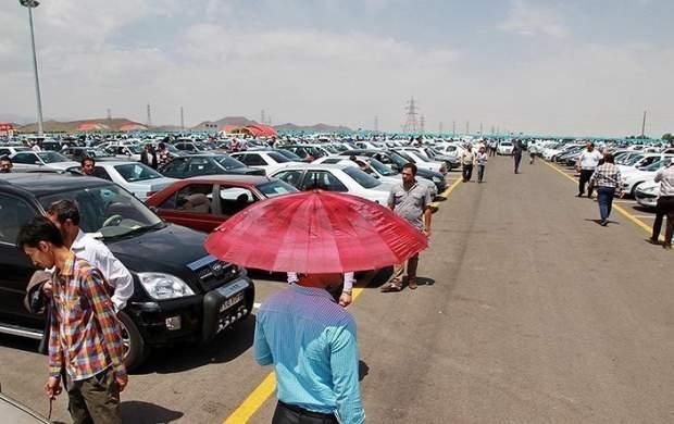 واکنش سرد بازار خودرو به افزایش قیمت بنزین