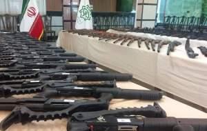 کشف محموله سلاح با نشان «USA» در اصفهان