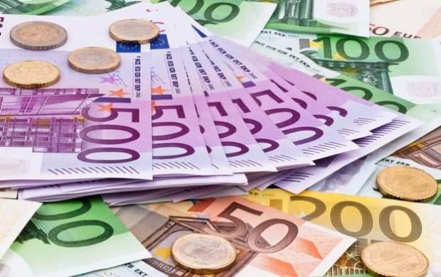 کاهش نسبی قیمت سکه و ارز + جدول