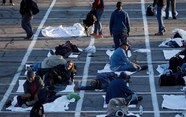 اسکان در پارکینگ راهحل آمریکا برای بیخانمان ها