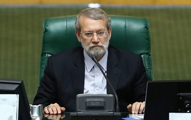 به مجلس دهم جفا شد/ میگویند بیعرضه است/ مجلس دهم هیچ کاستی در حوزه نظارت نداشت/ اگر بر گردن مخالفان حقی دارم حلال کردم/ طعنه دقیقه آخری علی لاریجانی به احمدی نژاد