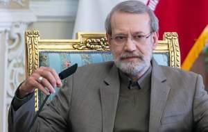 یک عده بزرگان نظام مثل لاریجانی را لگدمال کردند!/ لاریجانی یک سرمایه مهم برای کشور است/ نظام میتواند از او در انتخابات ۱۴۰۰ استفاده کند!/ غیر از ریاست مجلس سابقه درخشانی هم در حوزه اجرا دارد