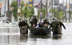 ۷۲ کشته در سیل ژاپن +عکس