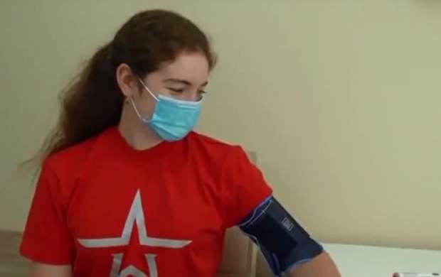 فیلم/ لحظه واکسن زدن دختر پوتین