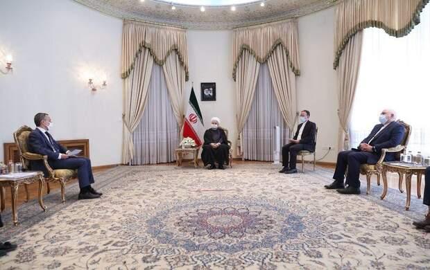 روحانی: مردم ایران در برابر قلدری تسلیم نمی شوند