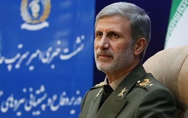 وزیر دفاع: در حال افزایش توان موشکی ایران هستیم