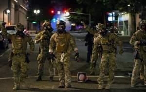 اف.بی.آی: آمریکا در آستانه جنگ داخلی است