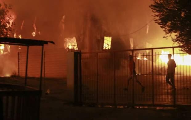 آتشسوزی گسترده در کارخانه لبنیات میهن