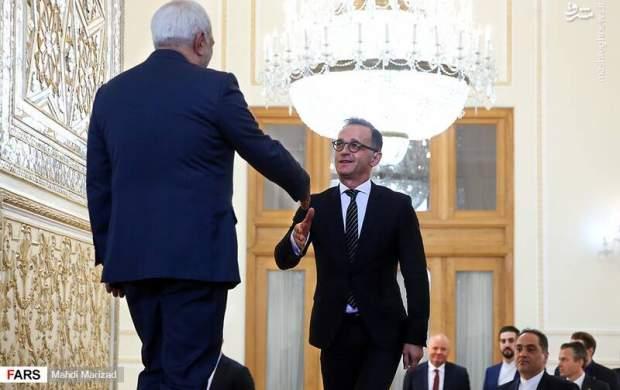 وزیر خارجه آلمان هم بیسواد است؟!