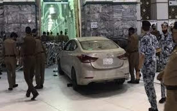 فیلم/ حمله یک خودرو به مسجدالحرام!