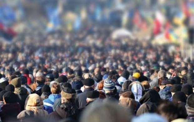 سال ۱۴۰۰ نیمی از جمعیت ایران بالای ۳۳ سال دارند!