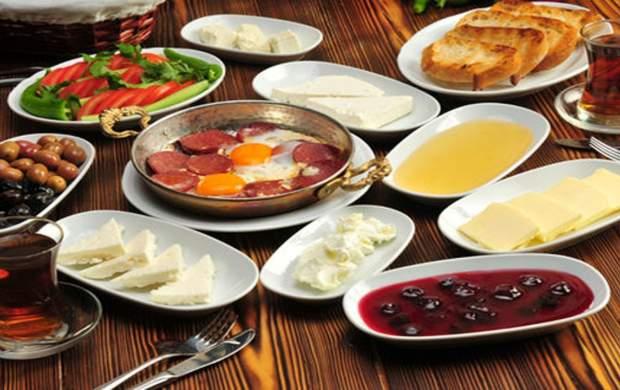 ۱۳ ماده غذایی برای یک صبحانه مقوی