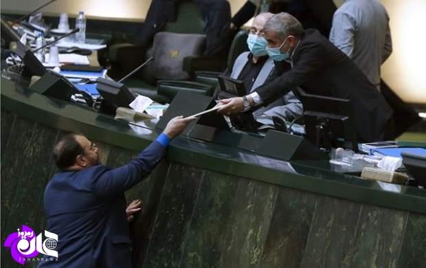 جدیدترین شاهکار روحانی در اداره کشور/ اگر مجلس دهم بود و لاریجانی هم رئیس مجلس، آیا جناب روحانی به خاطر کرونا در صحن بهارستان حاضر نمیشد؟ +تصاویر