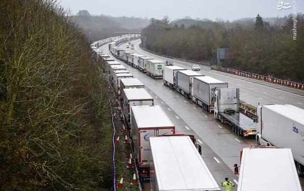 """صفهای طویل از کامیون در انگلیس  <img src=""""http://cdn.jahannews.com/images/picture_icon.gif"""" width=""""16"""" height=""""13"""" border=""""0"""" align=""""top"""">"""