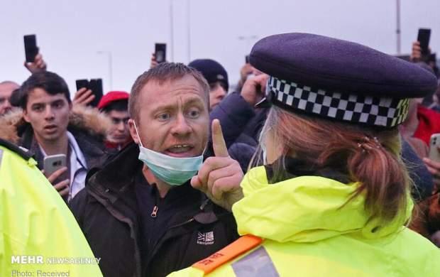 """درگیری پلیس با کامیون داران انگلیسی  <img src=""""http://cdn.jahannews.com/images/picture_icon.gif"""" width=""""16"""" height=""""13"""" border=""""0"""" align=""""top"""">"""