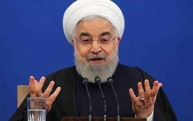 روحانی از «چنان رونقی به اقتصاد بدهیم» تا «زندگی مردم سخت شد ولی صف نبستند»/ وقتی کالاهای مصرفی در دولت روحانی لوکس شدند