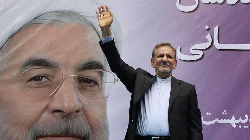 اگر هر گروهی به جز دولت ما در این جنگ اقتصادی سرکار بود، نه جمهوری اسلامی بلکه کل ایران را از دست میداد/ نظر شما چیست؟