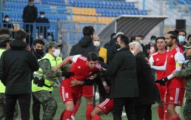 محرومیت دو فوتبالیست جنجالی تا اطلاع ثانوی