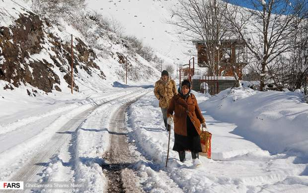 """تصاویر دیدنی از برف در ارتفاعات چالوس  <img src=""""http://cdn.jahannews.com/images/picture_icon.gif"""" width=""""16"""" height=""""13"""" border=""""0"""" align=""""top"""">"""