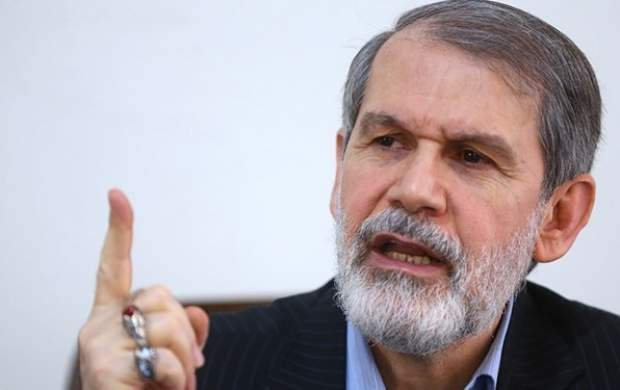 خبر دیدارم با احمدینژاد دروغ است