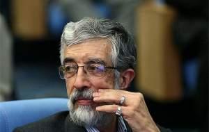دروغگویی احمدینژاد در ادعای دستبوسی فرح محرز و چندش آور است/ کمترین مطالبه از احمدینژاد ارائه سند است/ از احمدی نژاد انتظاری ندارم چون ناسپاسیاش در حق بزرگان کشور را دیدم
