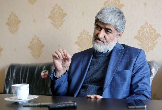 علی لاریجانی در بین برادرها عاقلتر است ولی به درد ریاست جمهوری نمیخورد/ ظریف هم به درد نمیخورد/ به رئیسی رای نمیدهم/ جلیلی در رویا به سر میبرد/ قالیباف کاندیدا شود به رای مردم بی احترامی کرده