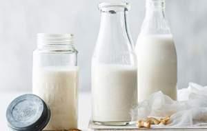 زیاده روی در مصرف شیر چه عوارضی دارد؟