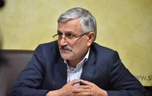 اتهام بیکفایتی به دولت روحانی بازی سیاسی است/ بی اعتمادی به دولت باعث بی اعتمادی به نظام میشود