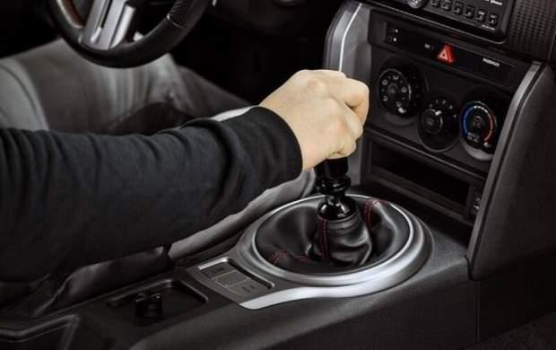۱۰ اشتباه که به خودرو شما آسیب وارد میکند