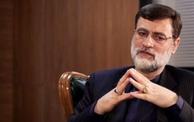 قاضیزاده: دولت پایش را از گلوی مردم بردارد