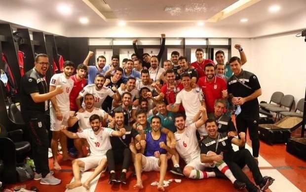 یک جشن شیرین در رختکن تیم ملی
