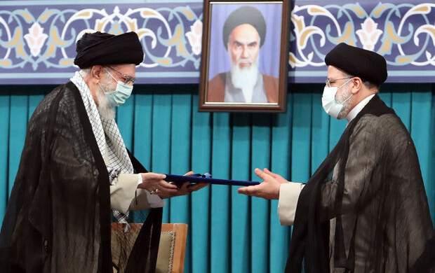 رهبر انقلاب، حجت الاسلام رئیسی را به ریاست جمهوری اسلامی ایران منصوب کردند/ ویژگیهای برجسته رئیسی در کلام رهبری/ متن حکم تنفیذ +فیلم و تصاویر