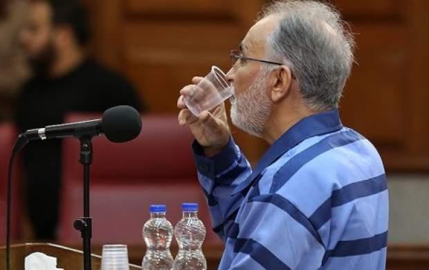 نجفی با مرخصی از زندان خارج شد
