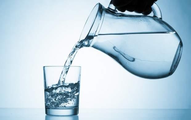 چه مقدار آب در طول روز نیاز دارید؟