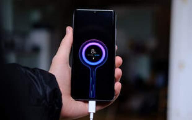 سرعت زمان شارژ شدن مشهورترین گوشیها
