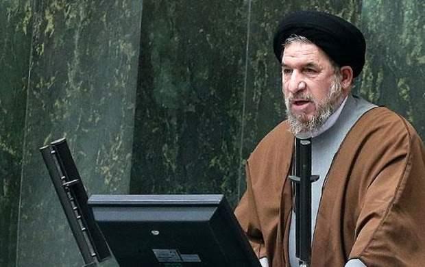 روحانی باید درباره اعتراف ظریف پاسخ دهد