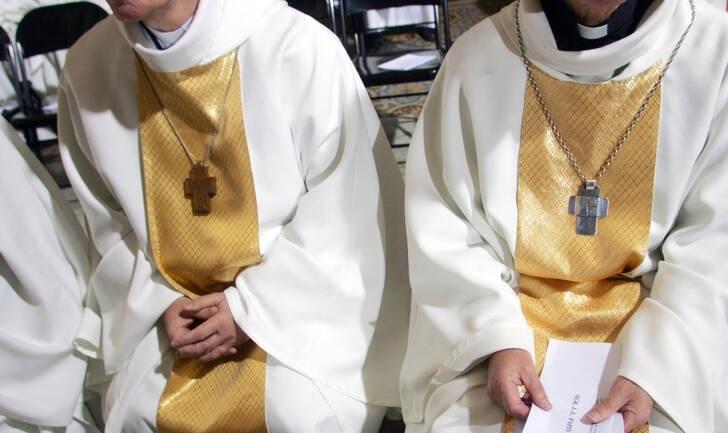 سابقه کلیسای کاتولیک فرانسه در کودکآزاری